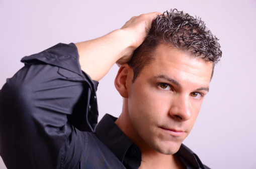 Men who experience male pattern hair loss have convenient treatment options.