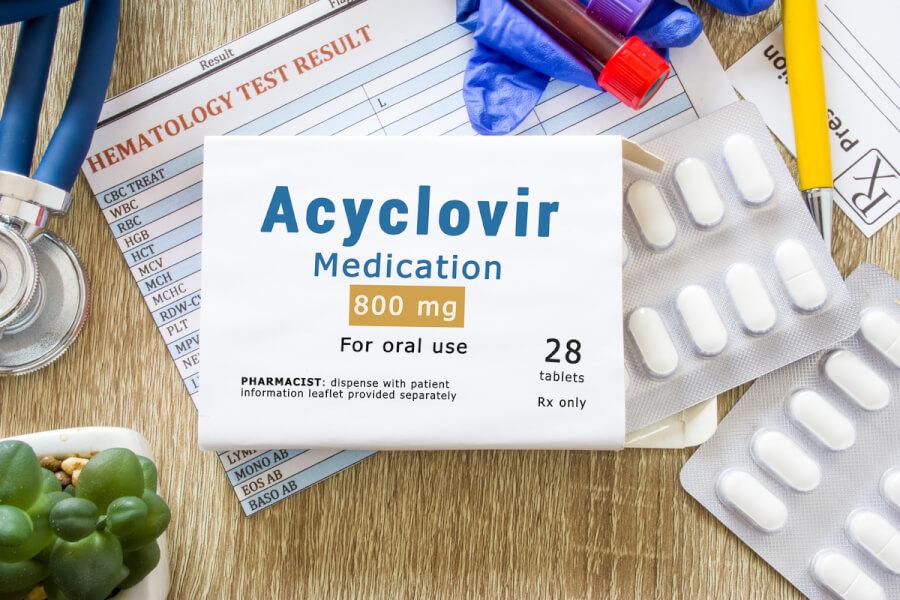 Package of Acyclovir.