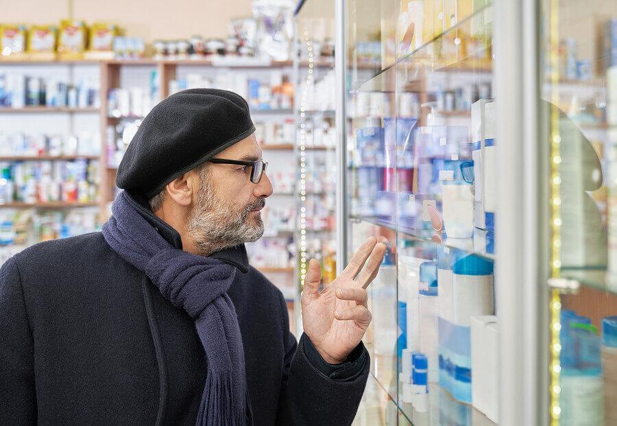 Man looking at ED drugs.